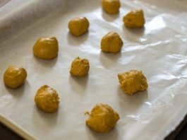 Raw Manuka Honey and Turmeric Bombs Recipe